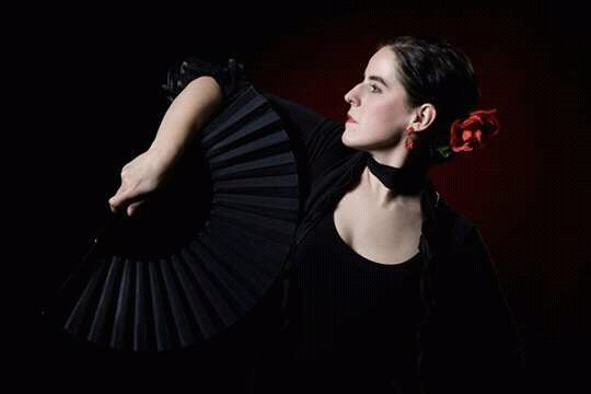 Bajnay Bea flamenco