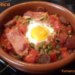 Flamenco tojás – huevos a la flamenca