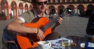Unyi Róbert, flamenco gitáros